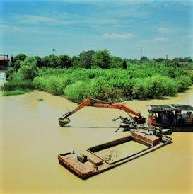 河道清淤.jpg